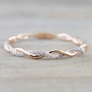 beautful wedding band
